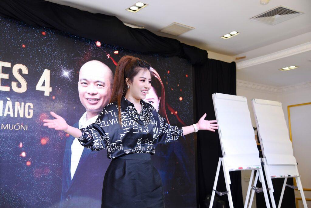 Diễn giả Đào Minh Châu tại khóa học Leader Sales 4