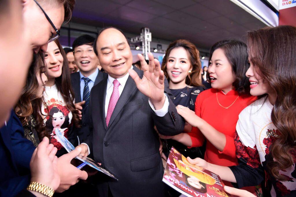 3 nữ doanh nhân Magic skin diện kiến Thủ tướng trong Hội báo toàn quốc 2019