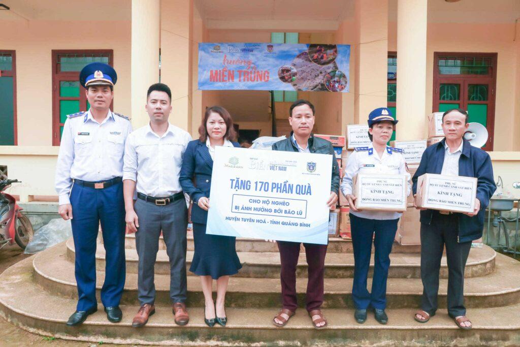 Trao tặng 170 phần quà đến bà con Quảng Bình