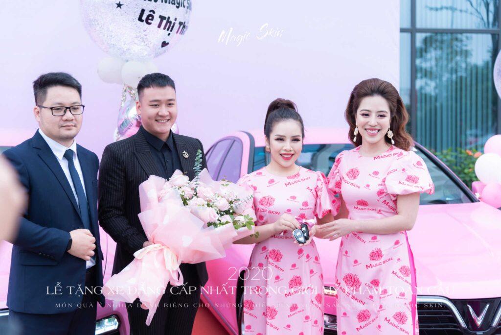 CEO-hanh-chi-nhan-xe-4