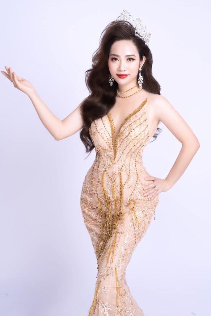 Chân dung Á hoàng doanh nhân trẻ tuổi nhất Magic Skin 2020 - CEO Đinh Thị Cúc