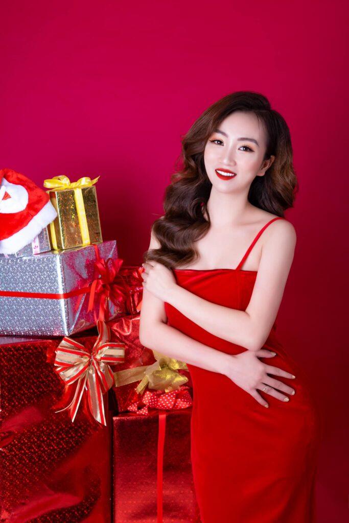 Chân dung nữ hoàng xinh đẹp - CEO Linh Bùi
