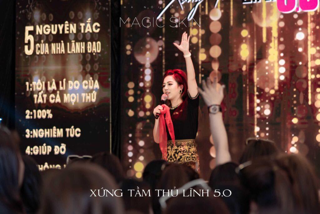 Diễn giả, chủ tịch Đào Minh Châu - chủ nhân của Xứng tầm thủ lĩnh 5.0