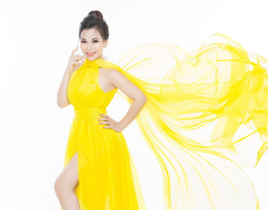 Hoàng Thị Thùy Linh là một trong những thủ lĩnh tài giỏi của thương hiệu Magic Skin.